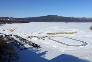 阿寒湖氷上賑わっています