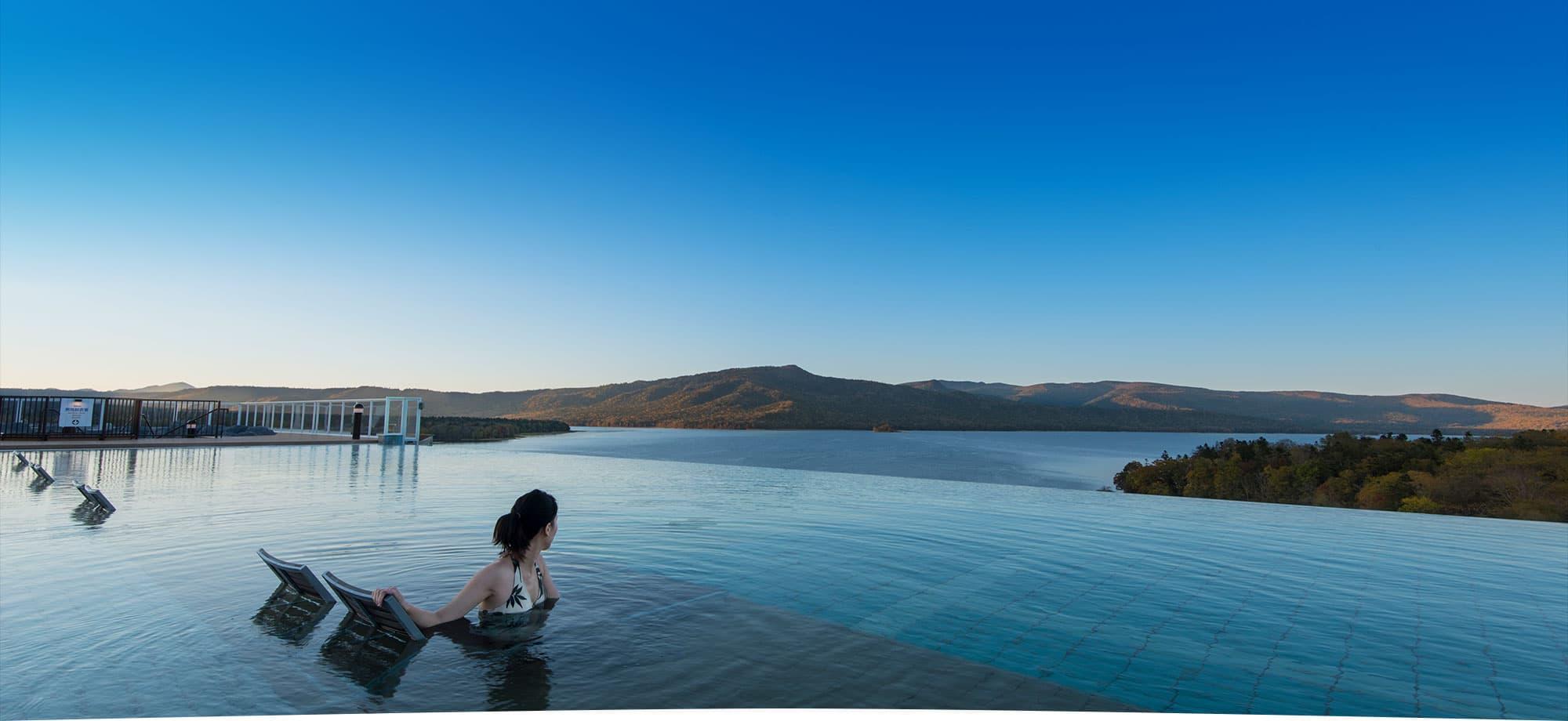 新阿寒飯店 与阿寒的大自然结合为一体森林湖泊度假區